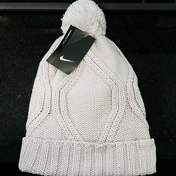 d63c0b0dc9893 Nike Golf Women s Beanie Chunky Cable Knit Hat